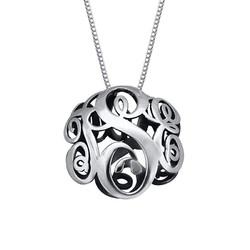 3D monogramsmykke i sølv product photo