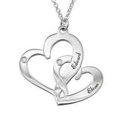 Inngravert smykke med to hjerter i sterlingsølv med diamanter produktbilde