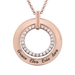 Gravert smykke med sirkel i rosegullbelegg product photo