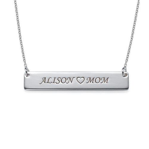Halssmykke i sølv med navneplate