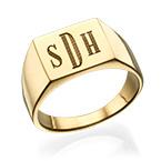 Inngravert signetring til menn i forgylt gull med monogram