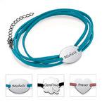 Semsket wrap-armbånd med personalisert anheng