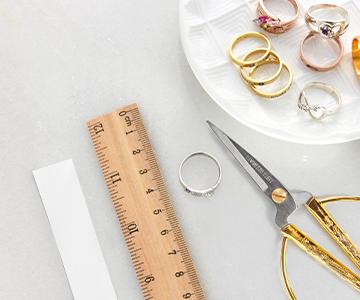 Guide til ringstørrelse