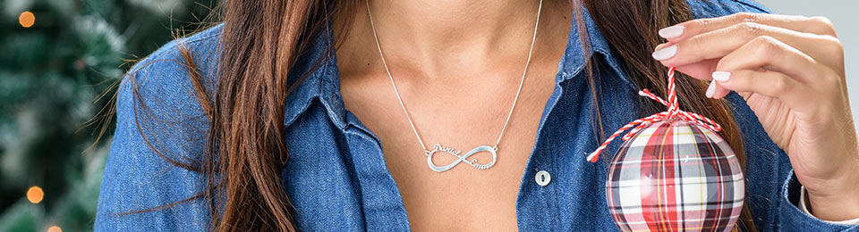 5 Best Infinity Jewellery for Christmas